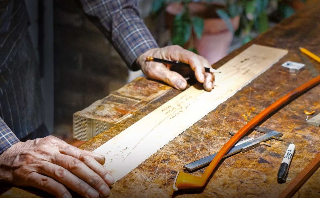 Making of a violin bow
